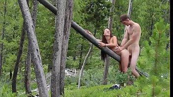 ในป่า แอบเอากัน เสียวหี เย็ดในป่า เย็ดแรง