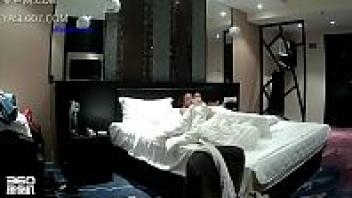 แอบถ่าย แตกในหี เย็ดในโรงแรม เย็ดแฟนสาว เย็ดสาวจีน