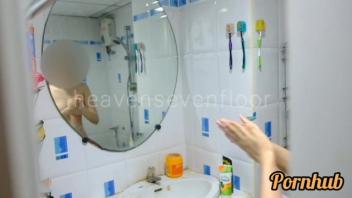 โม๊คควย แอบถ่าย แอบดูคนอาบน้ำ เย็ดในห้องน้ำ เย็ดสดหี