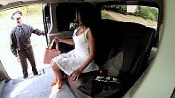 เย็ดในรถ เย็ดสาวอินเดีย เย็ดสดหี เย็ดรูหี เย็ดท่าหมา