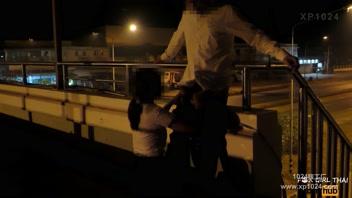 โม๊คควย แอบเอากัน แอบเสียว เย็ดรูหี เย็ดบนสะพาน